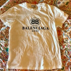 Balenciaga T-shirt Excellent condition